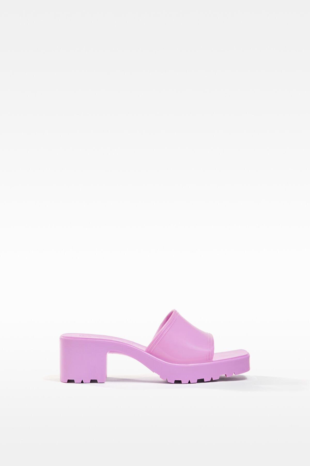 Bershka Kadın Koyu Mor Parlak Topuklu Sandalet 11721760