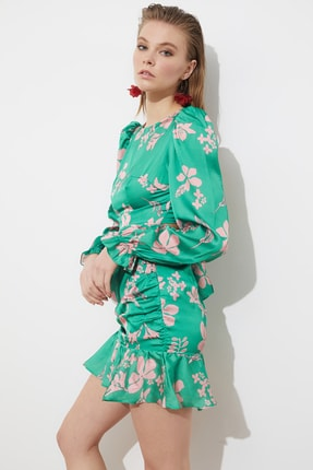 TRENDYOLMİLLA Yeşil Çiçek Desenli Elbise TPRSS21EL1059
