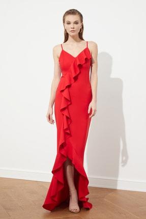 TRENDYOLMİLLA Kırmızı Fırfır Detaylı  Abiye & Mezuniyet Elbisesi TPRSS20AE0253