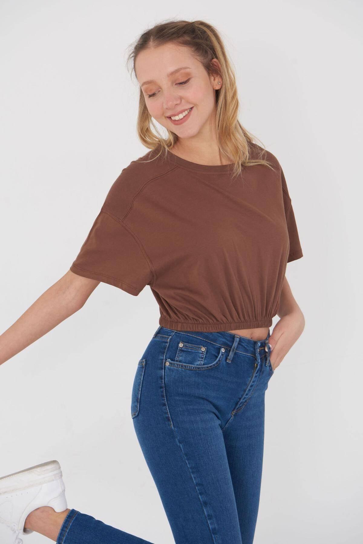 Addax Kadın Kahve Basic T-Shirt B102 - J7 Adx-0000023867 2