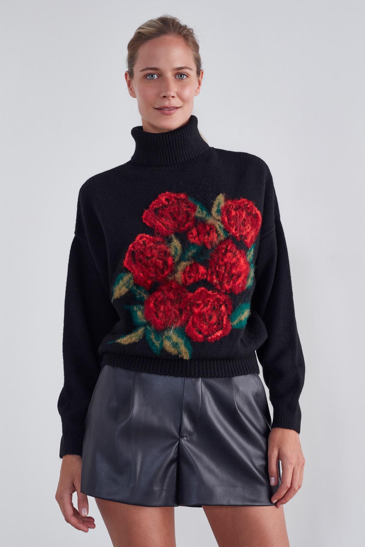JOIN US Kadın Siyah Tam Balıkçı Yaka Çiçek Desenli Triko Kazak 1