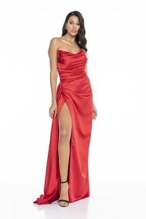 Abiye Sarayı Kadın Kırmızı Straplez Yırtmaçlı Saten Abiye Elbise