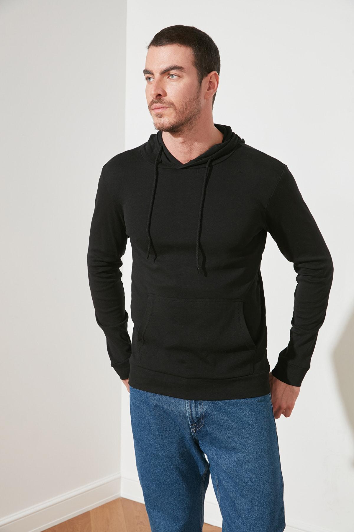TRENDYOL MAN Siyah Erkek Kapüşonlu Regular Fit T-Shirt TMNAW21TS0228 1