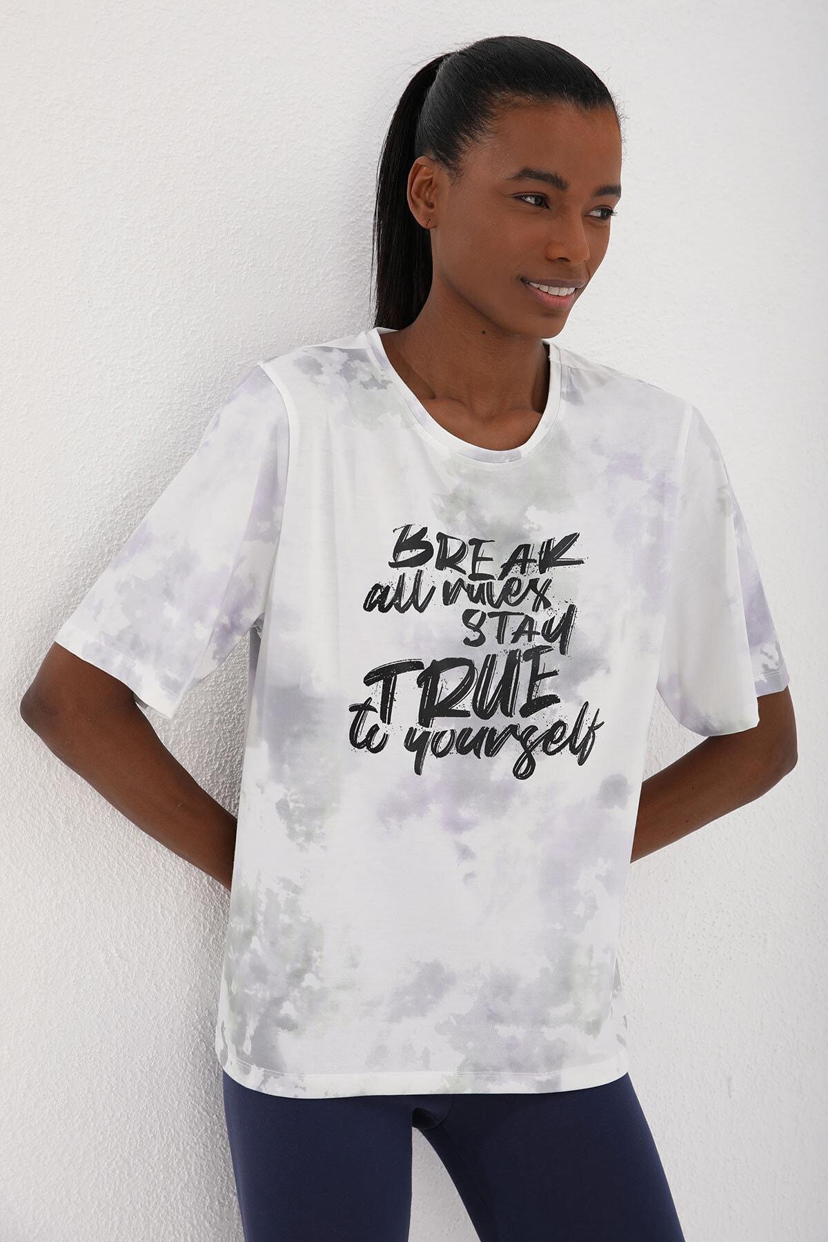 Tommy Life Mor Kadın Yazı Baskılı Batik Desenli Oversize O Yaka T-shirt - 97125 1