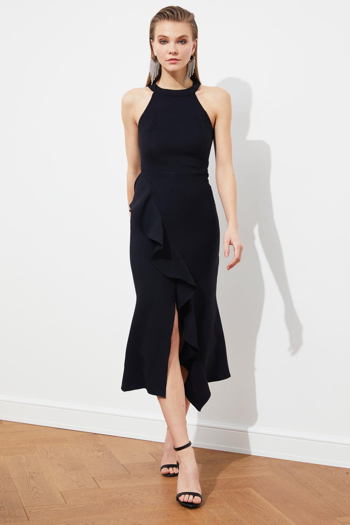 TRENDYOLMİLLA Siyah Volan Detaylı Elbise TPRAW19BB0144 1