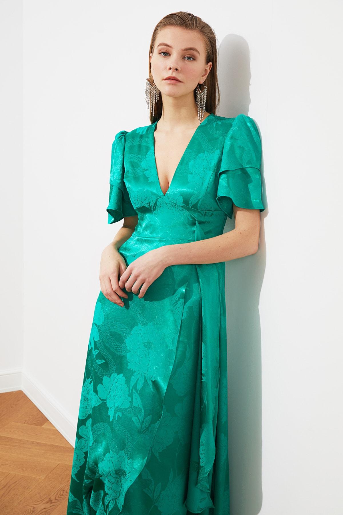 TRENDYOLMİLLA Yeşil Jakarlı Saten  Abiye & Mezuniyet Elbisesi TPRSS20AE0073 2
