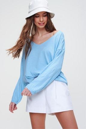 Trend Alaçatı Stili Kadın Mavi V Yaka Oversize Triko Bluz ALC-X5912