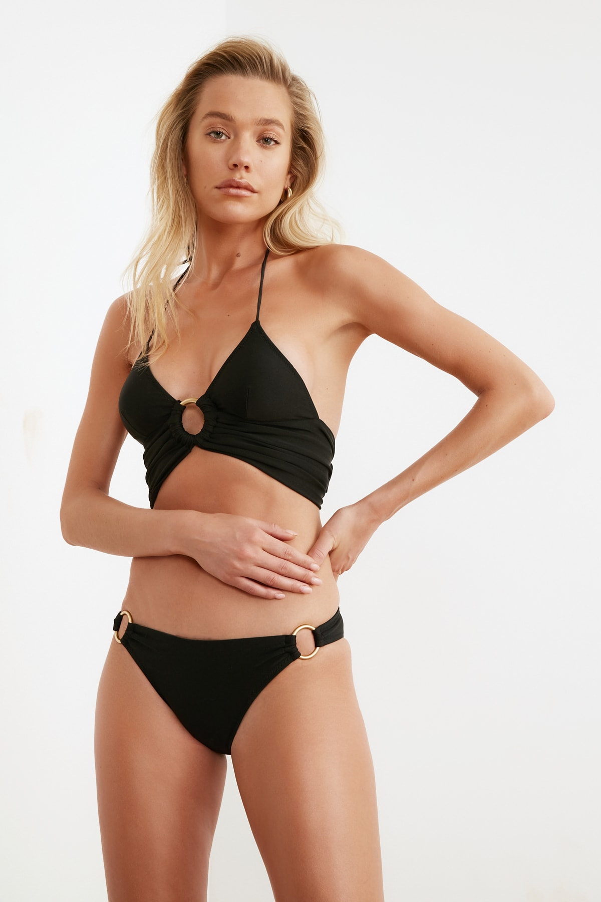 TRENDYOLMİLLA Aksesuar Detaylı Bikini Altı TBESS21BA0194 2