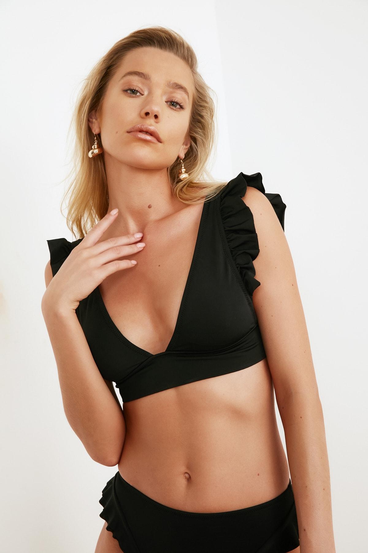 TRENDYOLMİLLA Siyah Fırfırlı Bikini Üstü TBESS21BU0056 2
