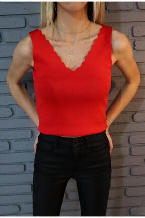 ASTERIA Kırmızı Yaka Detaylı Kolsuz Triko Bluz