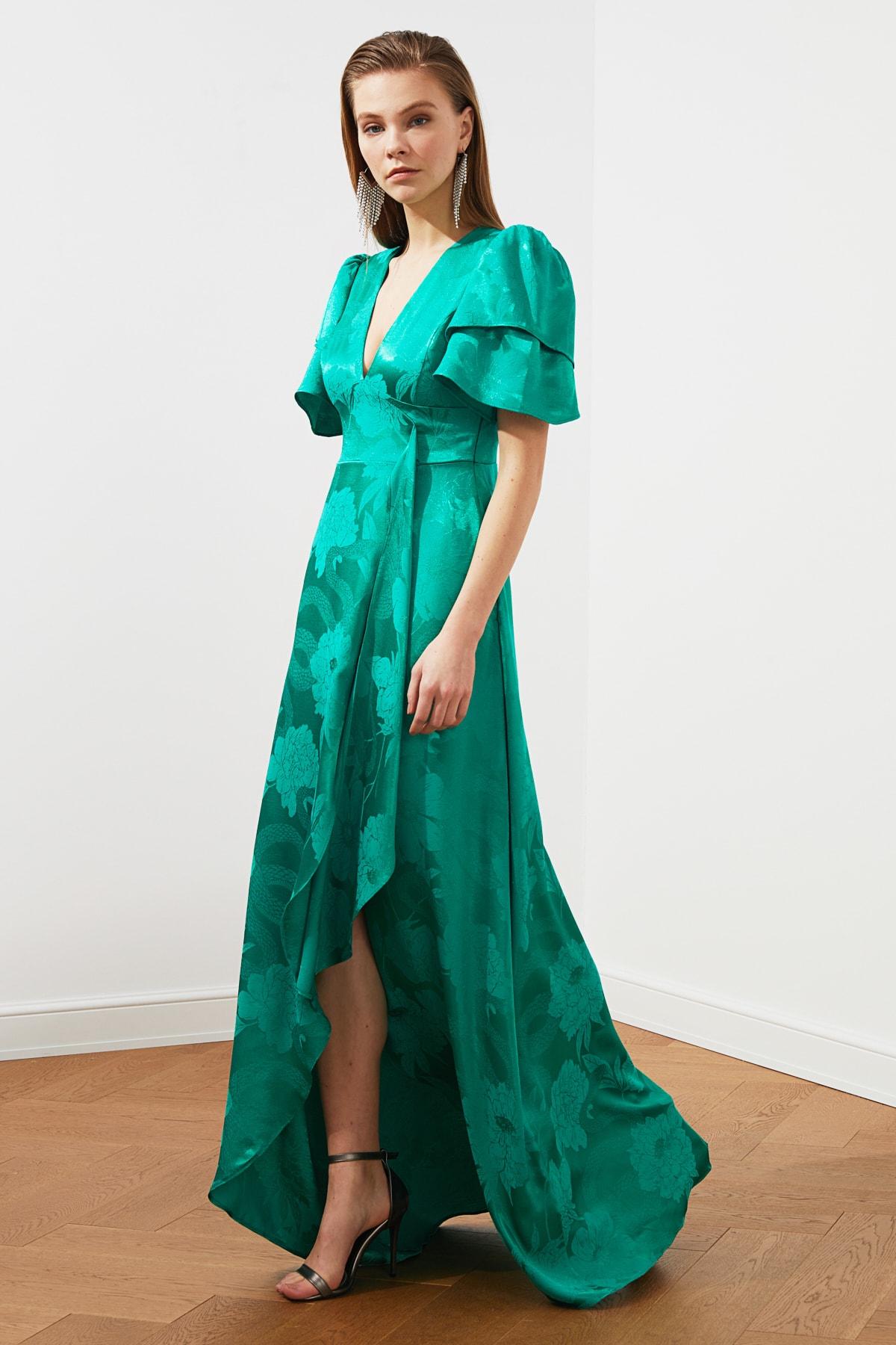 TRENDYOLMİLLA Yeşil Jakarlı Saten  Abiye & Mezuniyet Elbisesi TPRSS20AE0073 1