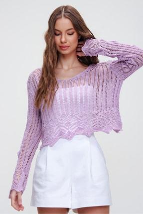 Trend Alaçatı Stili Kadın Lila V Yaka Ajurlu Crop Bluz ALC-X5913