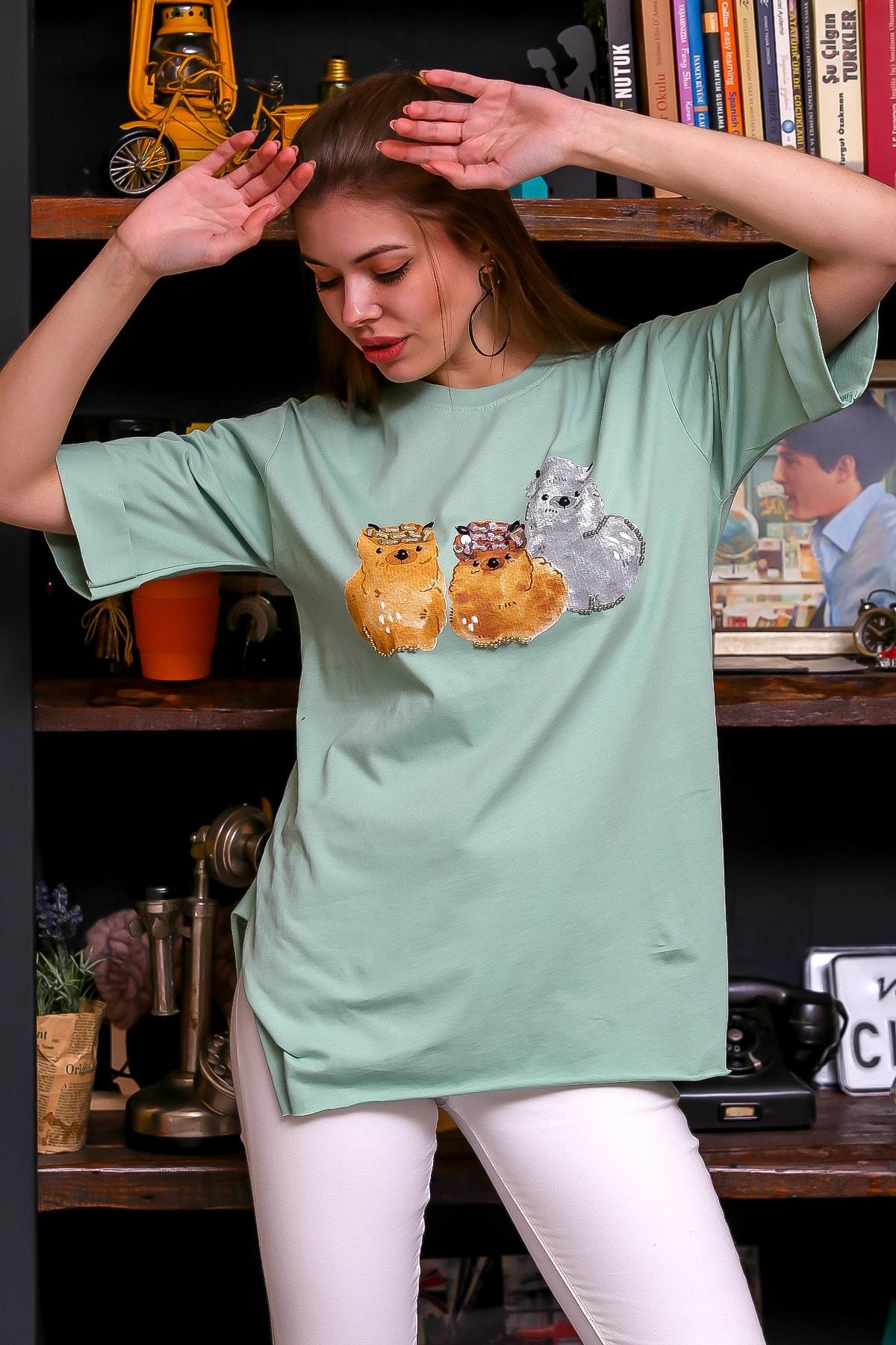 Chiccy Kadın Mint Çizgi Köpekler Baskılı El İşi Pul İşlemeli T-Shirt M10010300TS98342