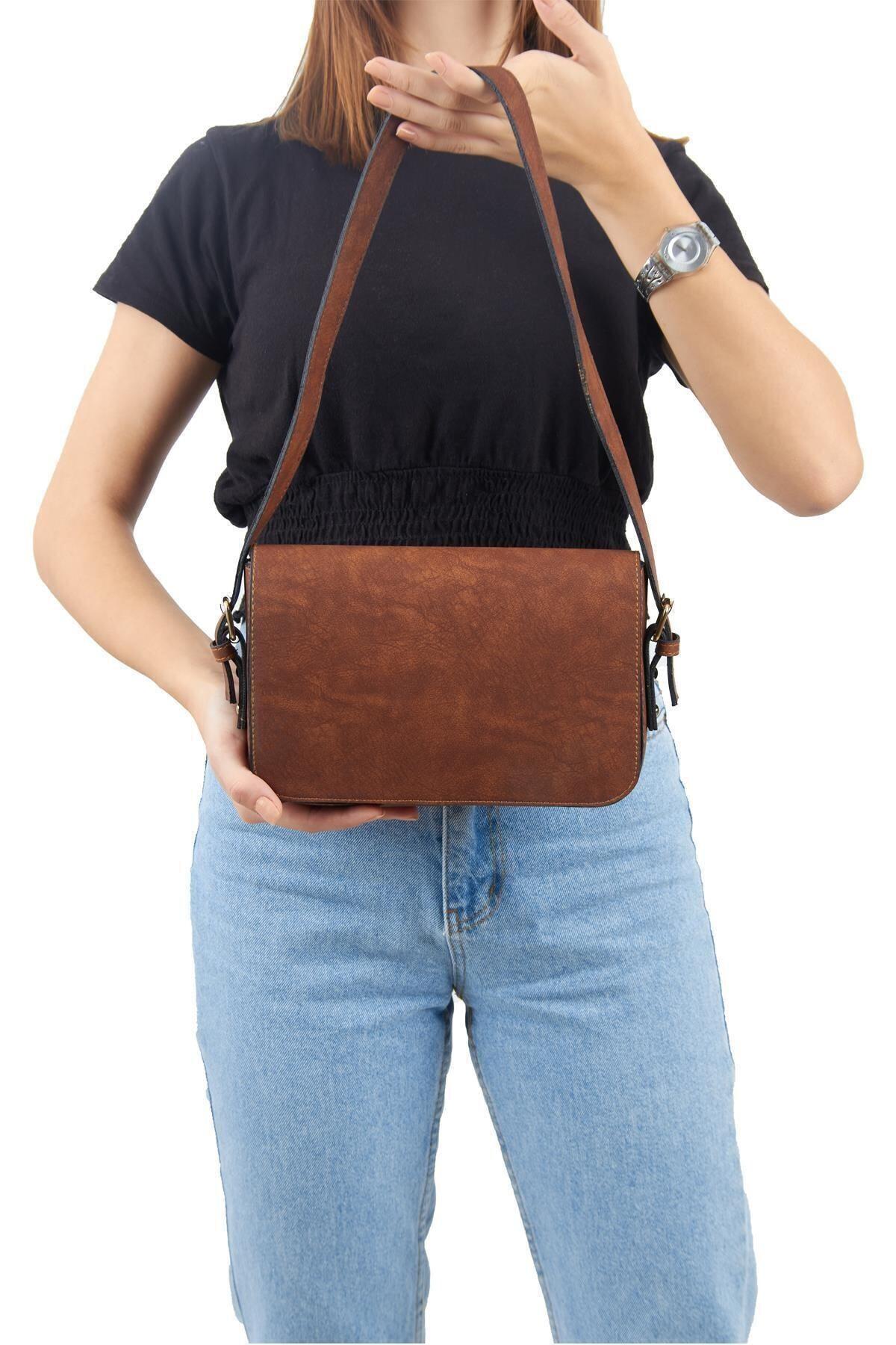 Lebina Kahverengi Kapaklı Baget Çanta 2