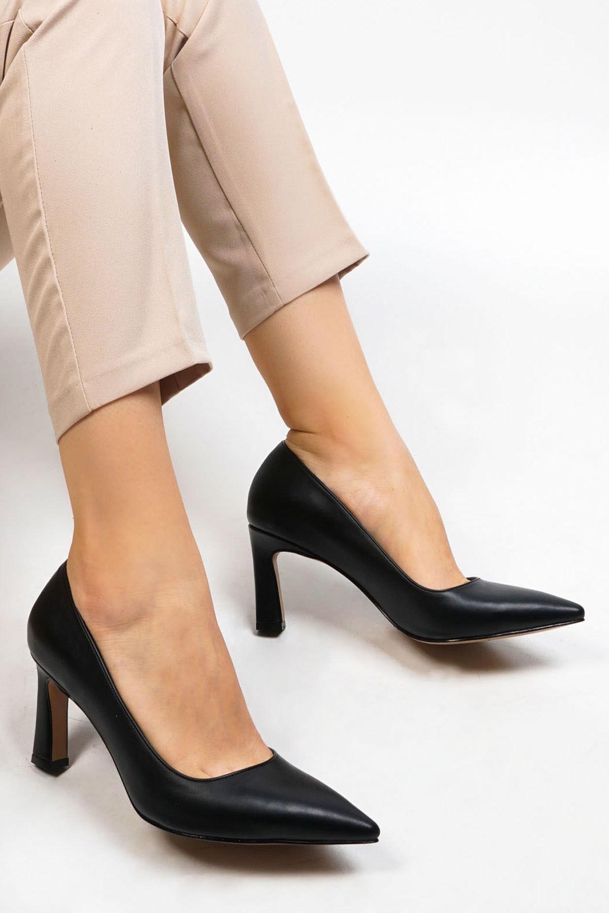 Marjin Akuna Kadın Stiletto Topuklu Ayakkabısiyah 1