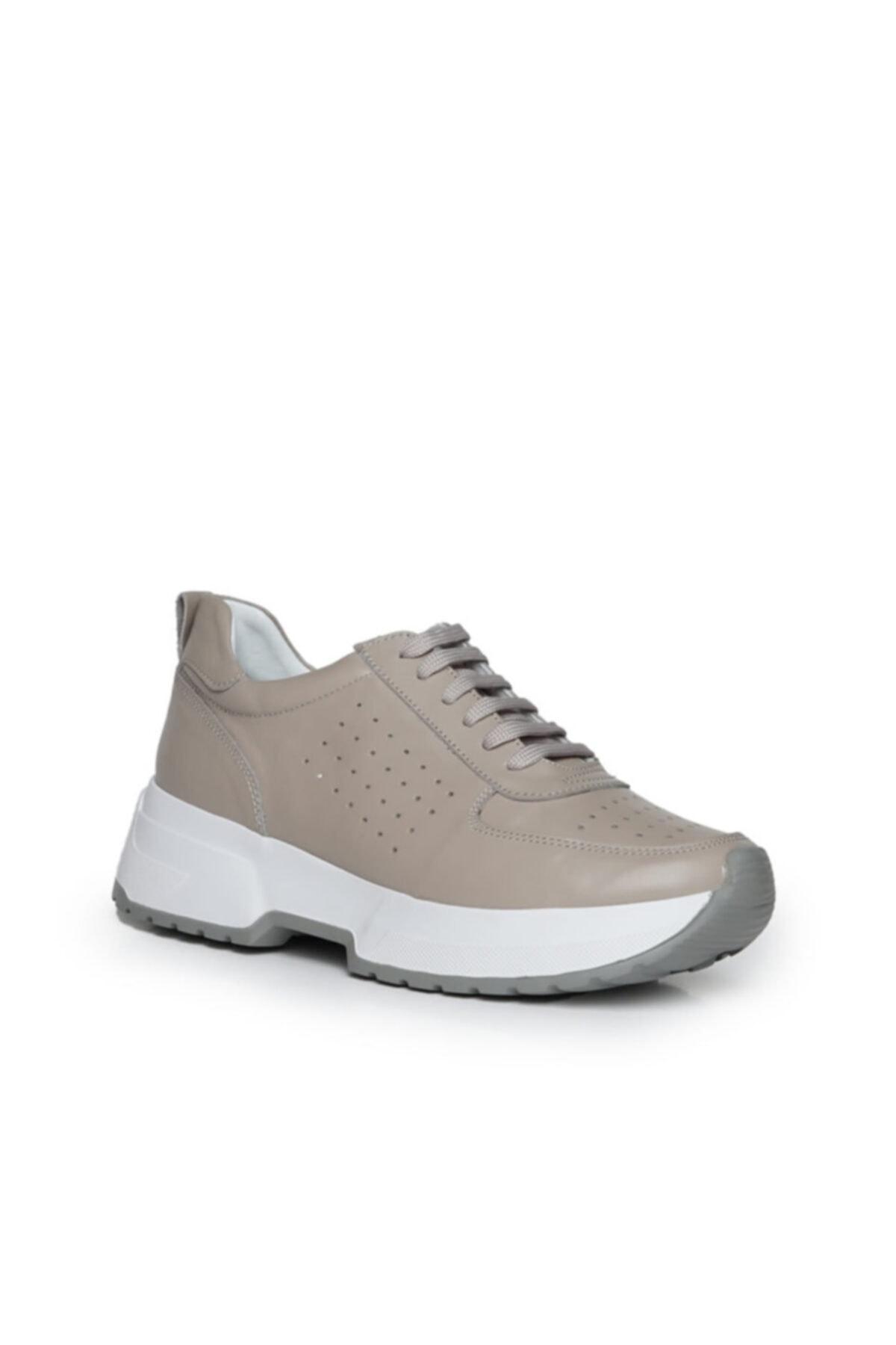 Beta Shoes Hakiki Deri Kadın Sneaker Spor Ayakkabı Gri Toprak 1