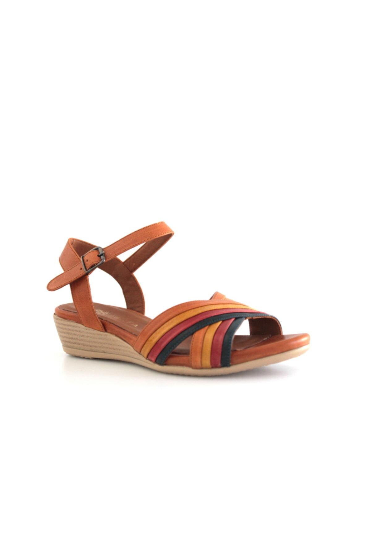 Beta Shoes Hakiki Deri Kadın Sandalet Taba 1