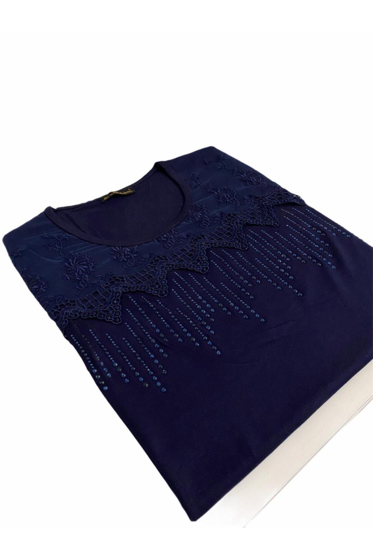 Elele Taşlı Gipür Çiçek Desenli Lacivert Anne Penye Bluz 1