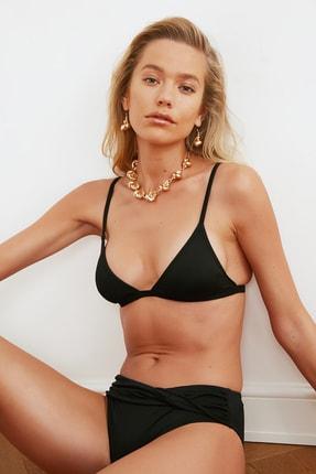 TRENDYOLMİLLA Siyah Üçgen  Bikini Üstü TBESS20BU0268