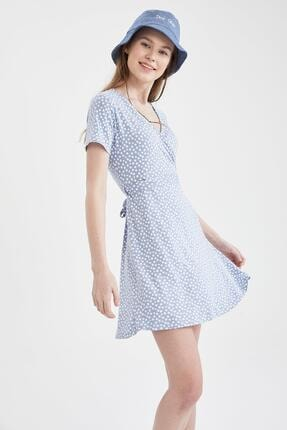 DeFacto Kadın Mavi V Yaka Bağlama Detaylı Desenli Elbise