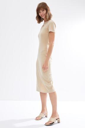 DeFacto Kadın Ekru Yaka Dekolteli Kısa Kollu Örme Elbise