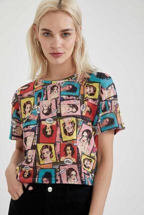 DeFacto Kadın Renkli Pop Art Baskılı Crop Fit Tişört