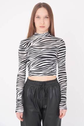 Addax Kadın Siyah Beyaz Zebra Desenli Bluz P1083 - Y3W2 Adx-0000023310