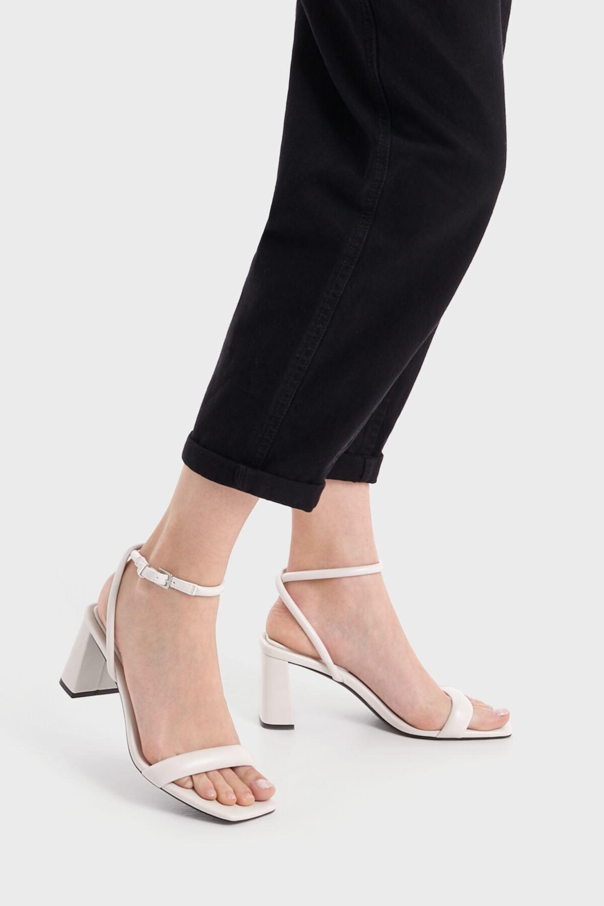 Bershka Dolgulu Bantlı Topuklu Sandalet 2