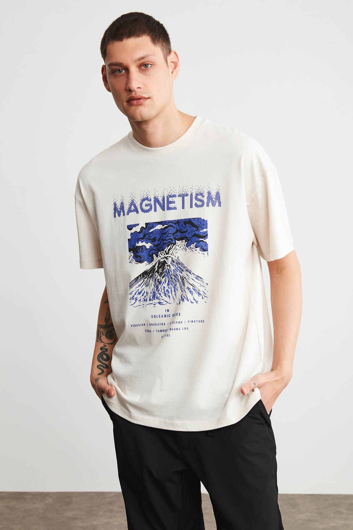 GRIMELANGE MADDOX Erkek Ekru Önü Baskılı Oversize Bisiklet Yaka T-Shirt