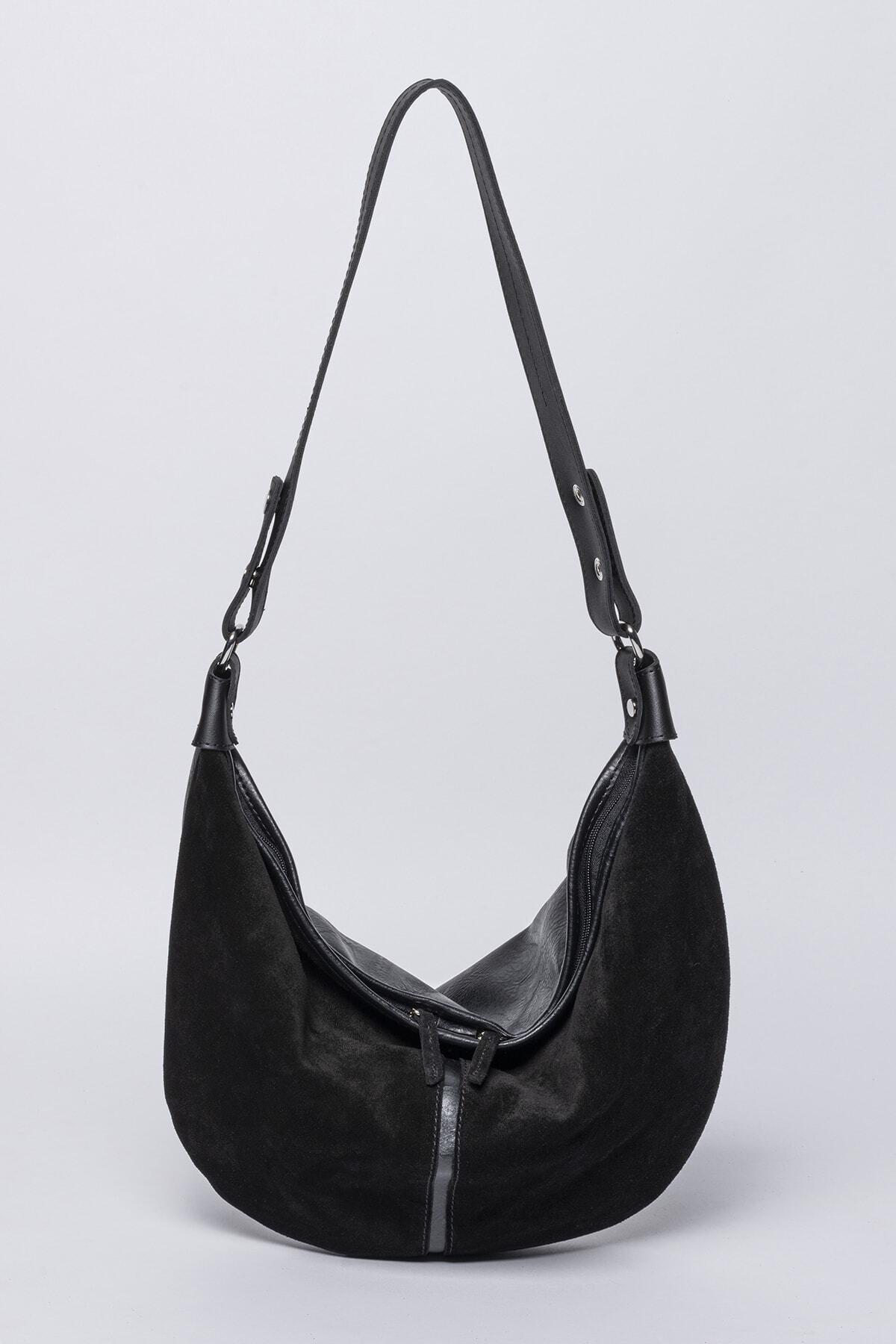 Jacquline Aeson Body Bag 1