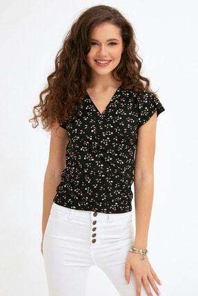 Fulla Moda Kadın Siyah Çiçek Baskılı Kruvaze Yaka Bluz