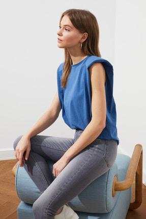 TRENDYOLMİLLA Mavi Vatkalı Örme T-Shirt TWOSS20TS0866