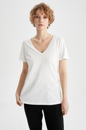 DeFacto Kadın Ekru V Yaka Basic Relax Fit Kısa Kollu Tişört
