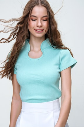 Trend Alaçatı Stili Kadın Yeşil Hakim Yaka Kaşkorse Crop Bluz ALC-X5882