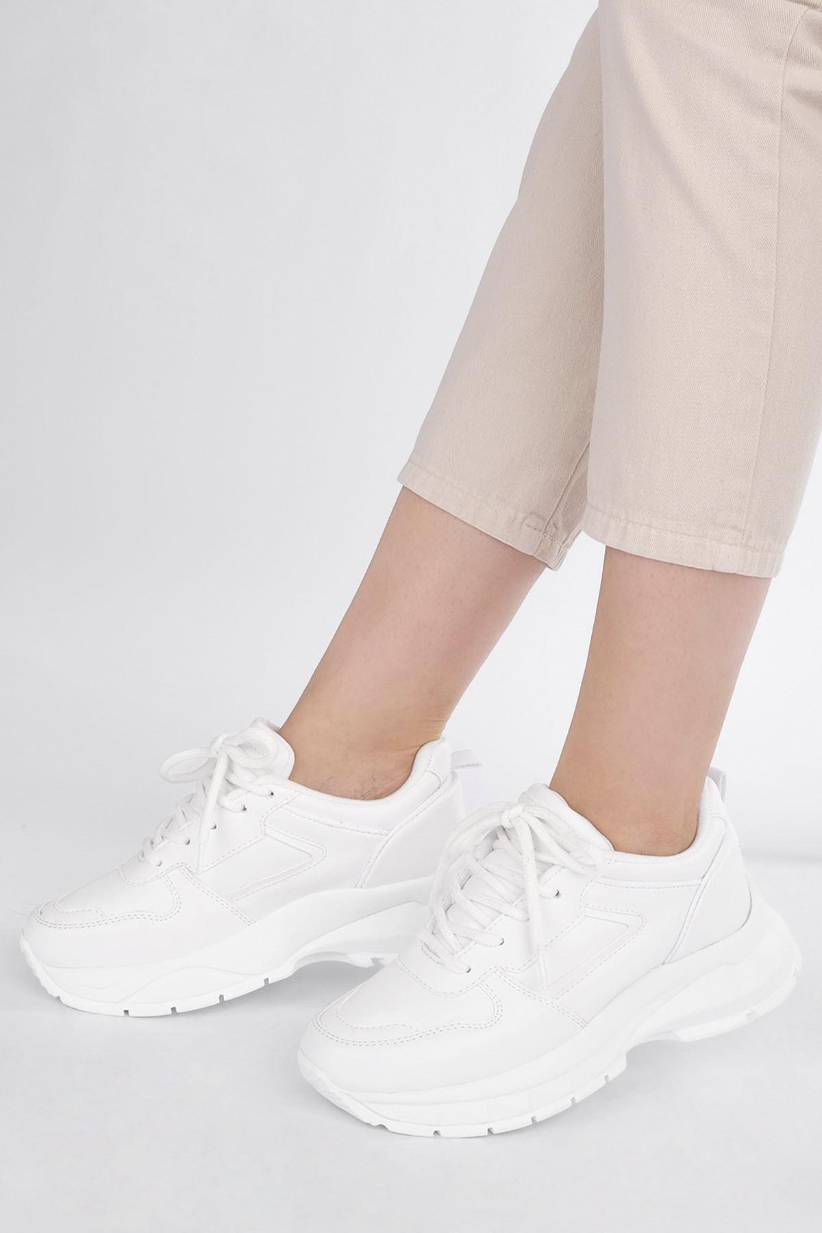 Marjin Kadın Beyaz Sneaker Dolgu Topuk Spor Ayakkabı Besri