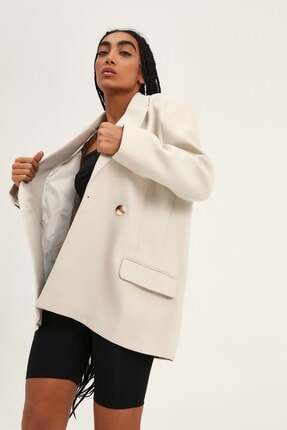 Quzu Kadın Taş Kruvaze Yaka Blazer Ceket