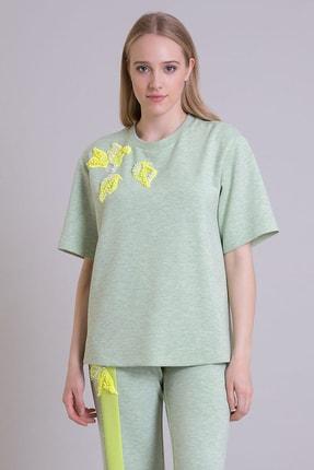 GIZIA SPORT Aplike Çiçek Işleme Detaylı Yeşil Scuba T-shirt