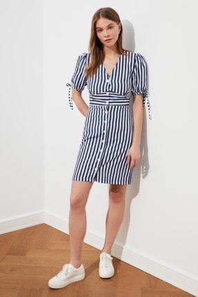 TRENDYOLMİLLA Lacivert Çizgili Gömlek Elbise TWOSS21EL0630