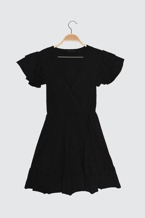 TRENDYOLMİLLA Siyah Volanlı Kruvaze Yaka Örme Elbise TWOSS21EL1738