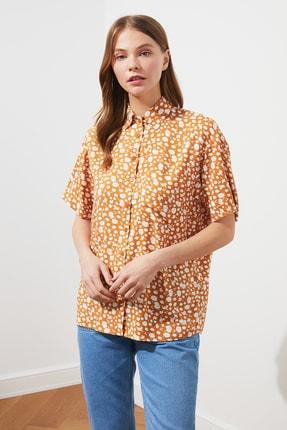 TRENDYOLMİLLA Çok Renkli Baskılı Gömlek TWOSS21GO0324