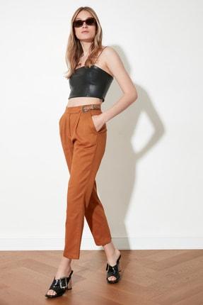 TRENDYOLMİLLA Camel Kemer Detaylı Pantolon TWOSS21PL0277