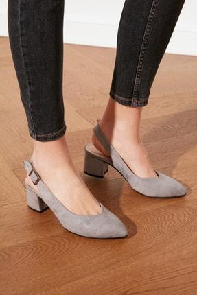 TRENDYOLMİLLA Taş Süet Kadın Klasik Topuklu Ayakkabı TAKSS21TO0035