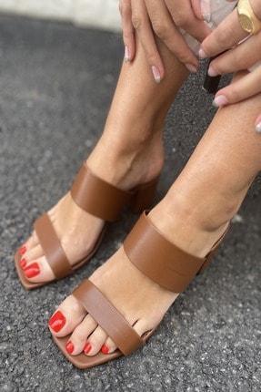 İnan Ayakkabı Kadın Taba Cilt Ince Ve Kalın Bant Detaylı Topuklu Terlik