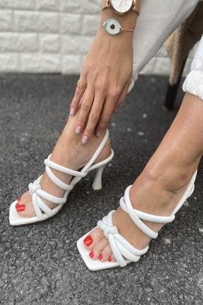 İnan Ayakkabı Kadın Beyaz Ortadan Düğümlü Çapraz Bant Detaylı Topuklu Ayakkabı