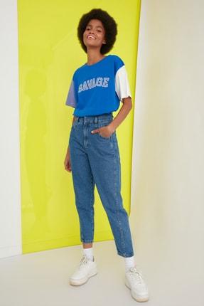 TRENDYOLMİLLA Lacivert Aplike Nakışlı Boyfriend Örme T-Shirt TWOSS21TS0213