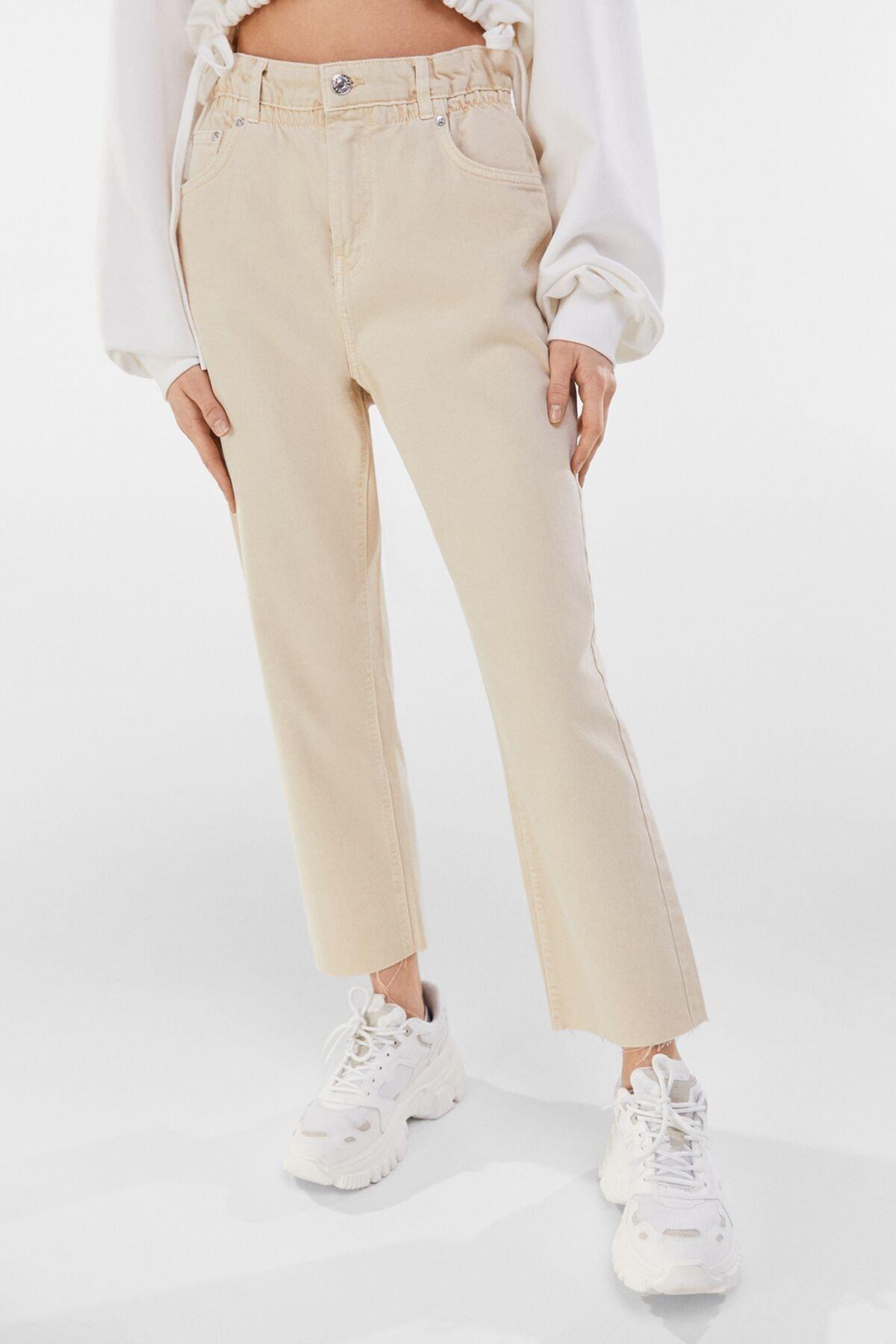 Bershka Kadın Kum Rengi Fitilli Crop Straight Fit Pantolon