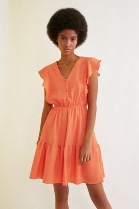 TRENDYOLMİLLA Turuncu Fırfırlı Düğme Detaylı Elbise TWOSS21EL1331