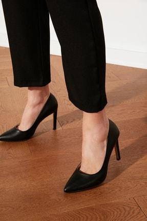 TRENDYOLMİLLA Siyah Kadın Klasik Topuklu Ayakkabı TAKSS21TO0073