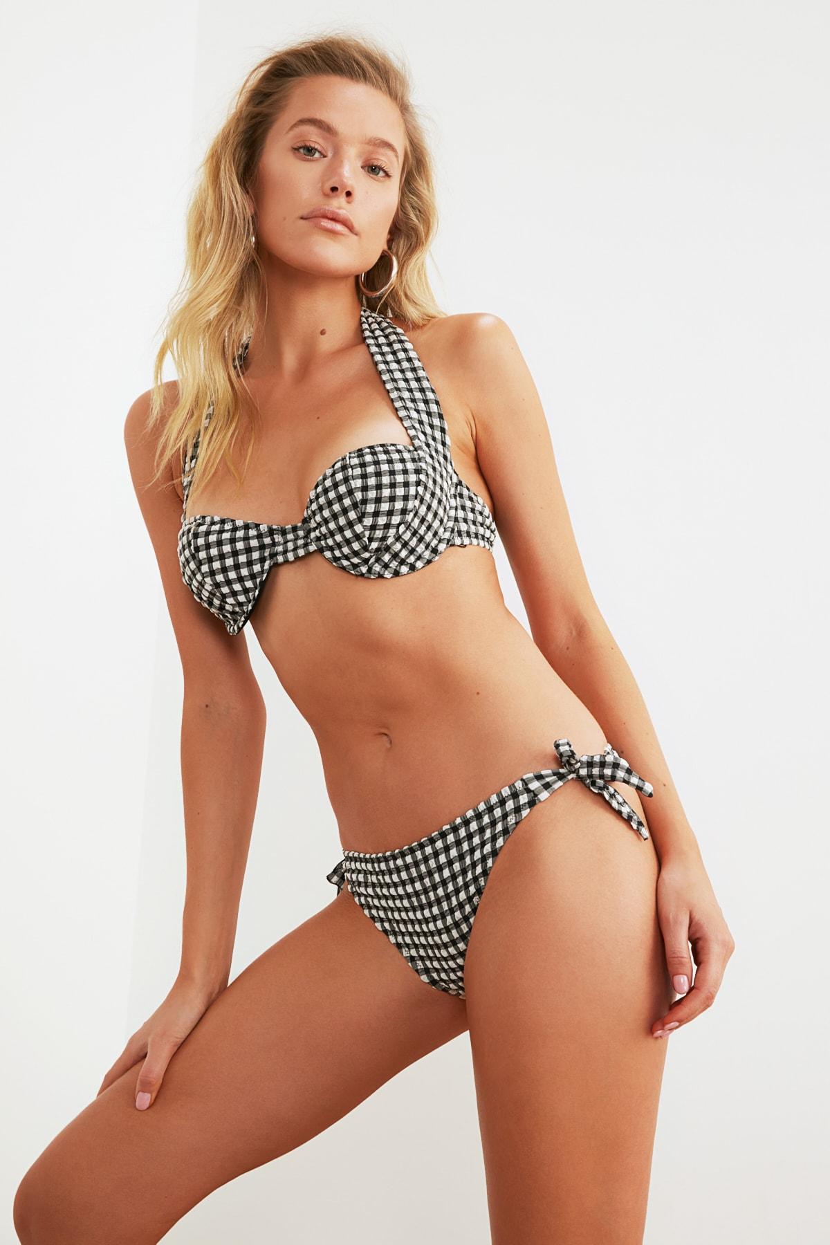 TRENDYOLMİLLA Dokulu Bağlama Detaylı Bikini Altı TBESS21BA0098 1
