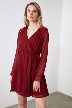 TRENDYOLMİLLA Bordo Kuşaklı Elbise TWOAW20EL0789